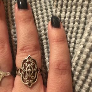 925 Sterling Silver Art Deco Style Ring. Size 6.